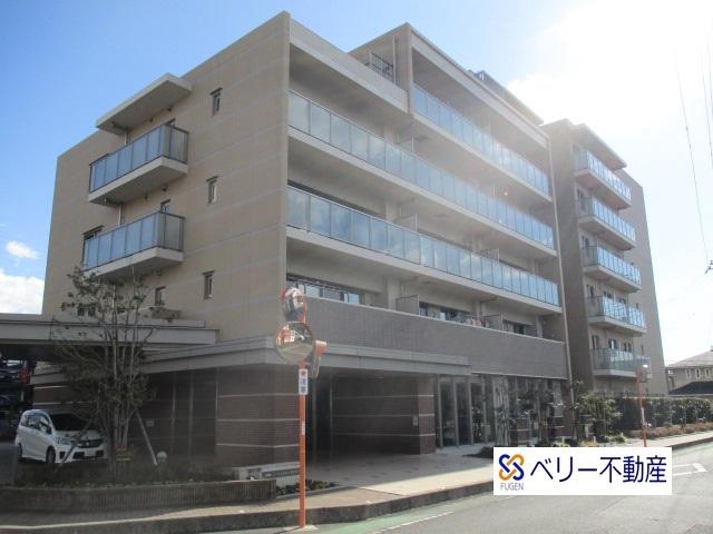 シャリエ上岩崎公園WEST 6階