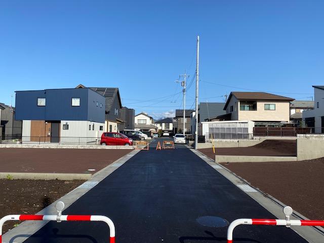 富士宮市小泉分譲地1号 101坪 南面道路の広い土地
